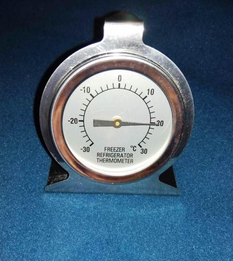термометр для ветрин